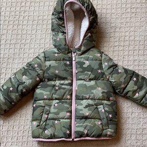 Gap kids camp star puffy jacket 4T